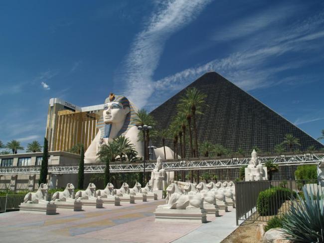 Las_Vegas_Luxor_04.jpg